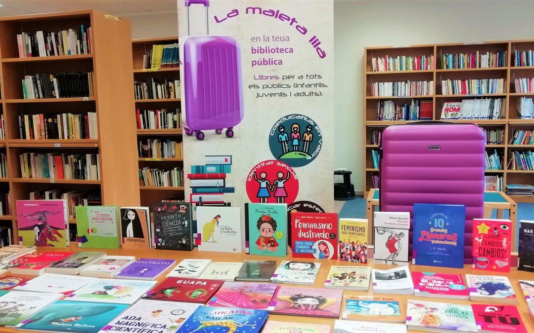 «La maleta lila» trae a Beniarbeig 60 lecturas por la igualdad