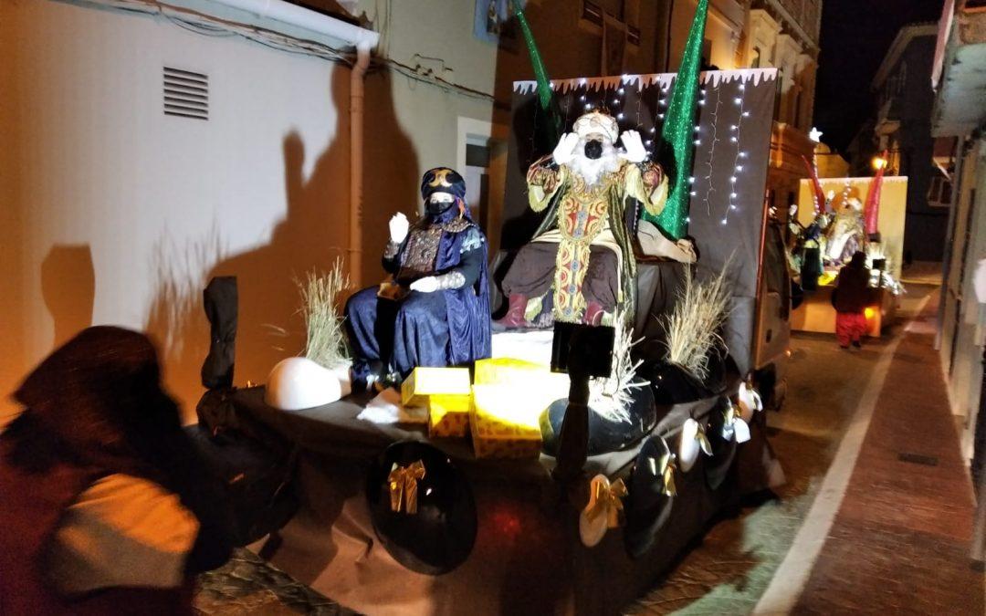 Els Reis Mags d'Orient visiten el nostre poble amb una acolorida i segura cavalcada