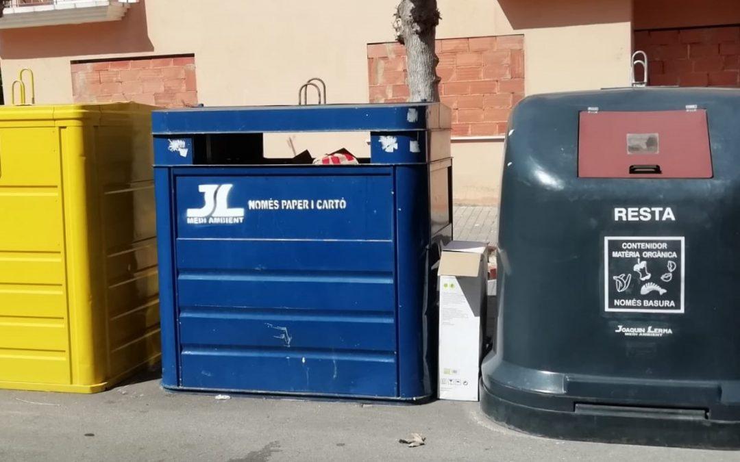 Se instalan 8 nuevos contenedores para erradicar la recogida puerta a puerta